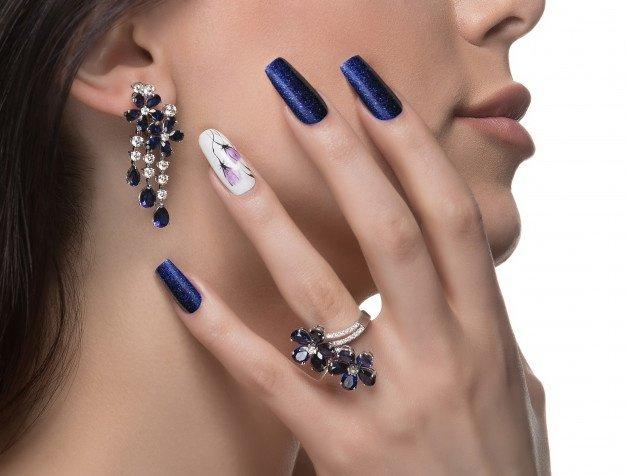 Read more about the article Quelle est l'origine des bijoux ?